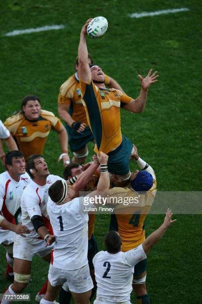 Daniel Vickerman of Australia claims the ball during the Quarter Final of the Rugby World Cup 2007 between Australia and England at the Stade...