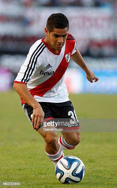 Daniel Villalva of River Plate drives the ball during a match between River Plate and Lanus as part of ninth round of Torneo Final 2014 at Monumental...