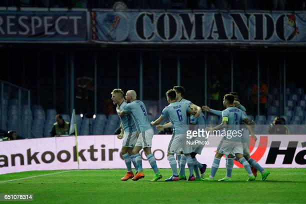 Daniel Wass midfielder of Celta de Vigo celebrate his goal with players of Celta de Vigo during the UEFA Europa League Round of 8 first leg match...