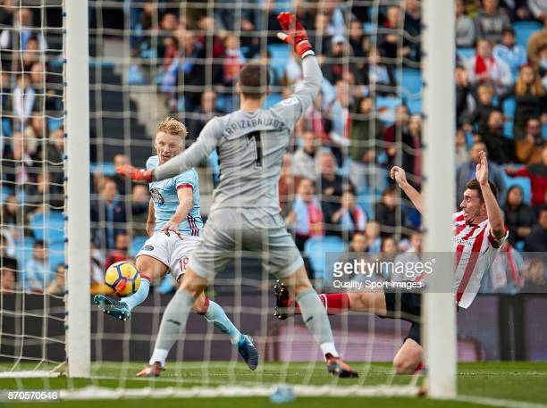 Daniel Wass of Celta de Vigo shots on goal during the La Liga match between Celta de Vigo and Athletic Club at Balaidos Stadium on November 5 2017 in...