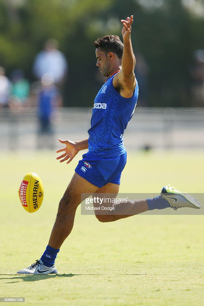 <a gi-track='captionPersonalityLinkClicked' href=/galleries/search?phrase=Daniel+Wells+-+Australian+Rules+Football+Player&family=editorial&specificpeople=213535 ng-click='$event.stopPropagation()'>Daniel Wells</a> of the Kangaroos kicks the ball for a goal during the North Melbourne AFL Intra-Club match at Arden Street Ground on February 12, 2016 in Melbourne, Australia.