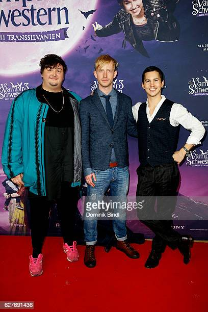 Daniel Zillmann David Zimmerschmied and Tim Oliver Schultz during the premiere of 'Die Vampirschwestern 3' at Mathaeser Filmpalast on December 4 2016...