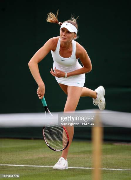 Daniela Hantuchova in action against Anastasia Pavlyuchenkova