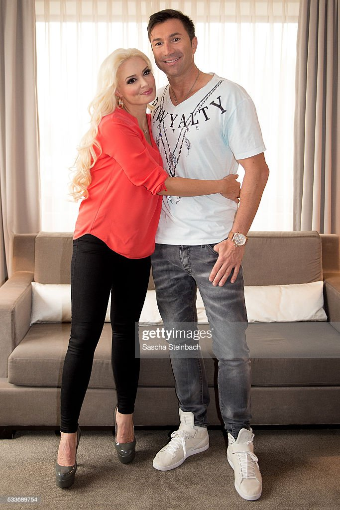 Daniela Katzenberger and Lucas Cordalis pose during the photocall 'Daniela Katzenberger - Mit Lucas im Hochzeitsfieber' at Hyatt on May 23, 2016 in Cologne, Germany. Daniela Katzenberger and Lucas Cordalis will get married on June 4, 2016 at Petersberg near Bonn.
