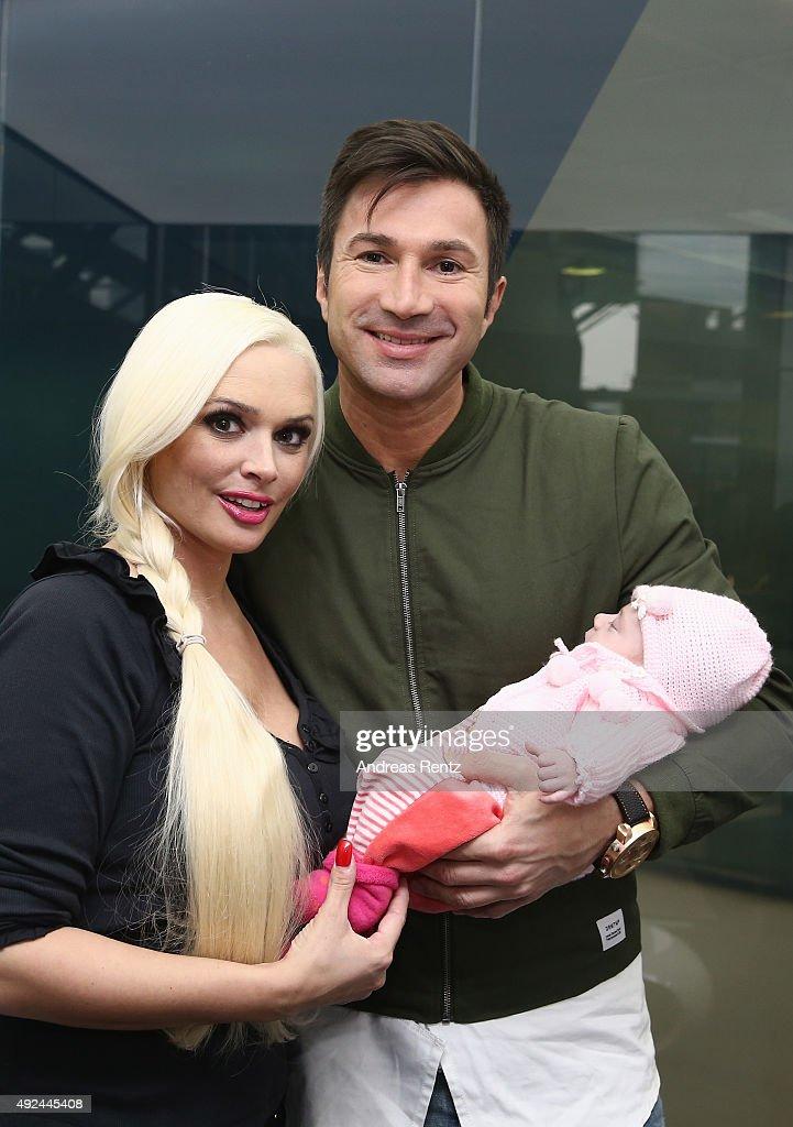 Daniela Katzenberger And Lucas Cordalis Family Photocall