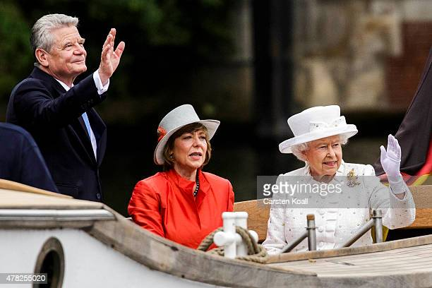 Daniela Schadt and Queen Elizabeth II and German President Joachim Gauck and Prince Philip the Duke of Edinburgh ride a boat on the Spree River on...