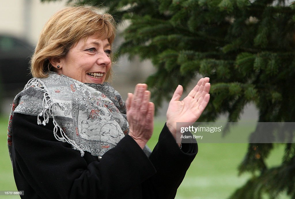 Daniela Schadt, partner of German President Joachim Gauck, applauds during the illumination ceremony for the Christmas tree at Bellevue Presidential Palace on December 4, 2012 in Berlin, Germany. The 12-meter (40-foot) tall Colorado blue spruce (Picea pungens) was planted in 1994 and is being supplied to the president for the second time by Werderaner Tannenhof Christmas tree farm in the town of Werder, just outside of the German capital.