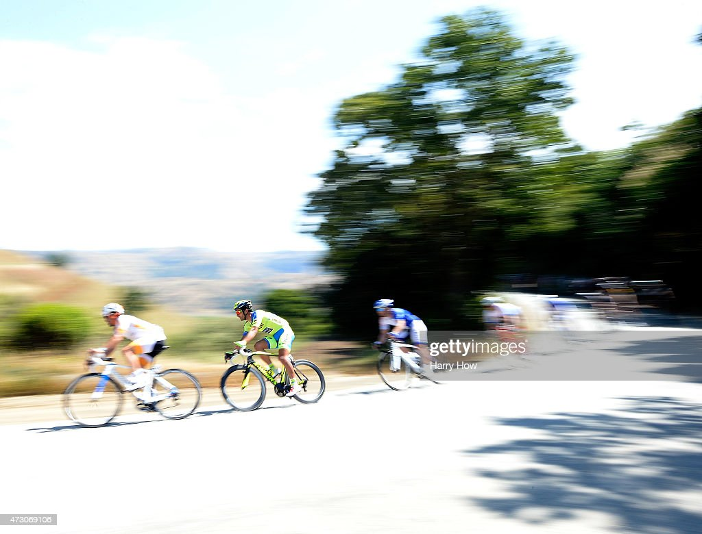 <a gi-track='captionPersonalityLinkClicked' href=/galleries/search?phrase=Daniele+Bennati&family=editorial&specificpeople=584838 ng-click='$event.stopPropagation()'>Daniele Bennati</a> of Italy riding for Tinkoff - Saxo descends in the peleton during stage three of the 2015 Amgen Tour of California on May 12, 2015 in San Jose, California.