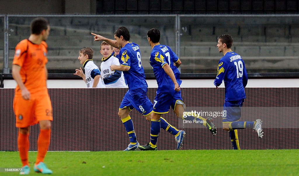 Daniele Cacia of Hellas Verona celebrates after scoring his opening goal from the penalty spot,during the Serie B match between Hellas Verona FC and Virtus Lanciano at Stadio Marc'Antonio Bentegodi on October 27, 2012 in Verona, Italy.