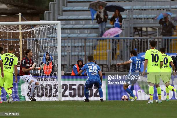 Daniele Croce of Empoli FC scores the opening goal during the Serie A match between Empoli FC and Bologna FC at Stadio Carlo Castellani on May 7 2017...