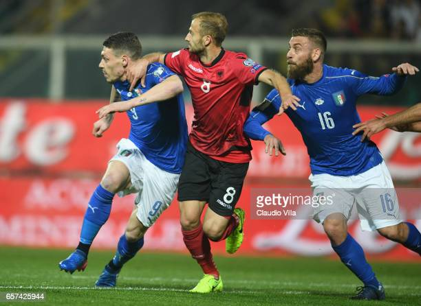 Daniele De Rossi and Andrea Belotti of Italy in action during the FIFA 2018 World Cup Qualifier between Italy and Albania at Stadio Renzo Barbera on...