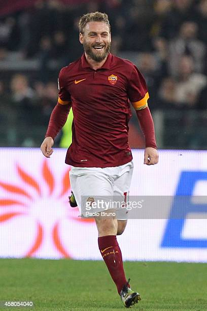 Daniele De Rossi of AS Roma celebrates after scoring the team's second goal during the Serie A match between AS Roma and AC Cesena at Stadio Olimpico...