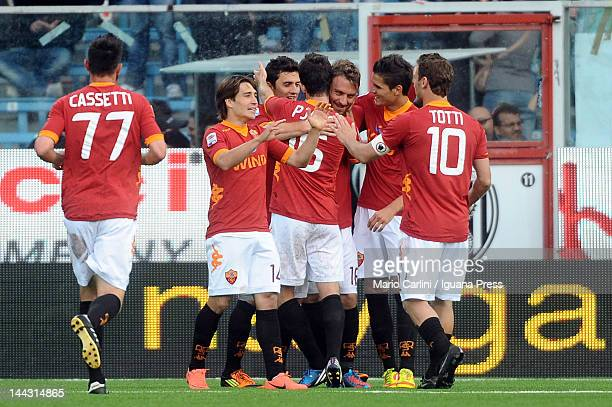 Daniele De Rossi of AS Roma celebrates with his teamates after scoring his team's third goal during the Serie A match between AC Cesena and AS Roma...