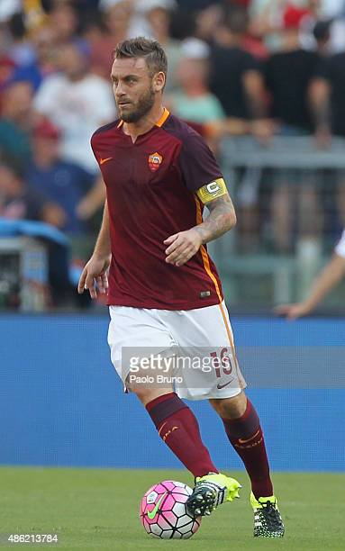 Daniele De Rossi of AS Roma in action during the Serie A match between AS Roma and Juventus FC at Stadio Olimpico on August 30 2015 in Rome Italy