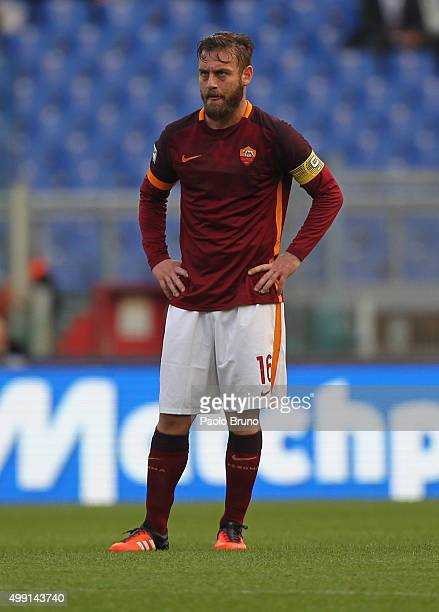 Daniele De Rossi of AS Roma reacts during the Serie A match between AS Roma and Atalanta BC at Stadio Olimpico on November 29 2015 in Rome Italy
