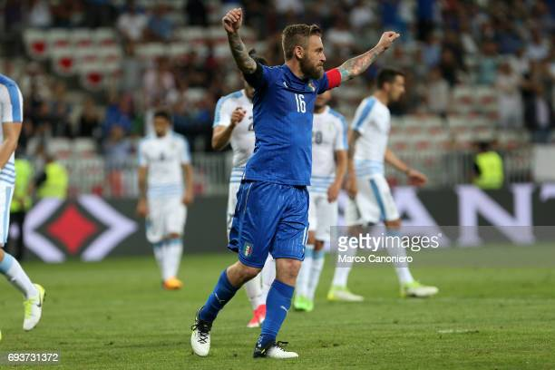Daniele De Rossi of Italy celebrate after scoring a goal during the international friendly match between Italy and Uruguay Italy wins 30 over Uruguay