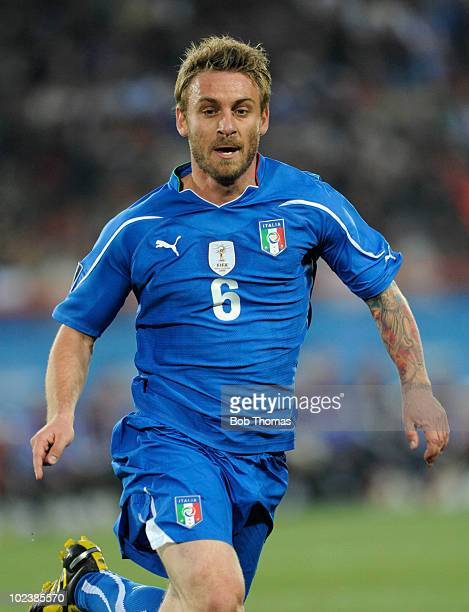 Daniele De Rossi of Italy during the 2010 FIFA World Cup South Africa Group F match between Slovakia and Italy at Ellis Park Stadium on June 24 2010...