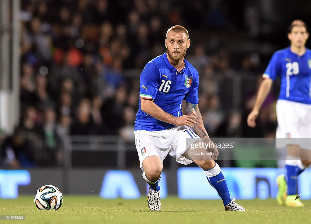 <a gi-track='captionPersonalityLinkClicked' href=/galleries/search?phrase=Daniele+De+Rossi&family=editorial&specificpeople=233652 ng-click='$event.stopPropagation()'>Daniele De Rossi</a> of Italy in action during the International Friendly match between Italy and Ireland at Craven Cottage on May 30, 2014 in London, England.