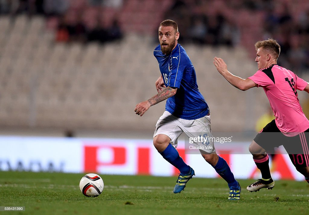 <a gi-track='captionPersonalityLinkClicked' href=/galleries/search?phrase=Daniele+De+Rossi&family=editorial&specificpeople=233652 ng-click='$event.stopPropagation()'>Daniele De Rossi</a> of Italy in action during the international friendly between Italy and Scotland on May 29, 2016 in Malta, Malta.