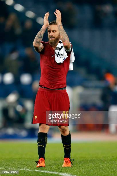 Daniele De Rossi of Roma celebrates after defeating Qarabag in their UEFA Champions League Group C soccer match in Rome Roma won the match 10