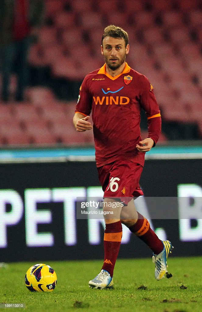 Daniele De Rossi of Roma during the Serie A match between SSC Napoli and AS Roma at Stadio San Paolo on January 6, 2013 in Naples, Italy.