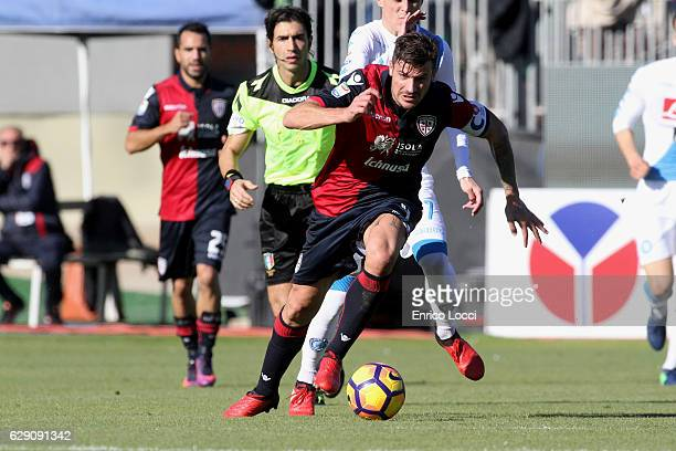 Daniele Dessena of Cagliari in action during the Serie A match between Cagliari Calcio and SSC Napoli at Stadio Sant'Elia on December 11 2016 in...