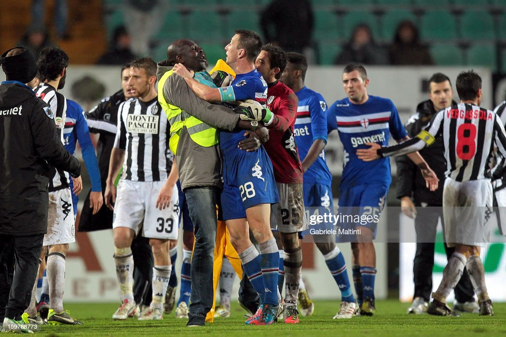Daniele Gastaldello (C)of UC Sampdoria after the Serie A match between AC Siena and UC Sampdoria at Stadio Artemio Franchi on January 20, 2013 in Siena, Italy.