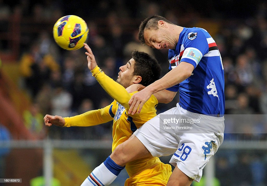 Daniele Gastaldello (R) of UC Sampdoria clashes with Antonio Balzano of Pescara during the Serie A match between UC Sampdoria and Pescara at Stadio Luigi Ferraris on January 27, 2013 in Genoa, Italy.