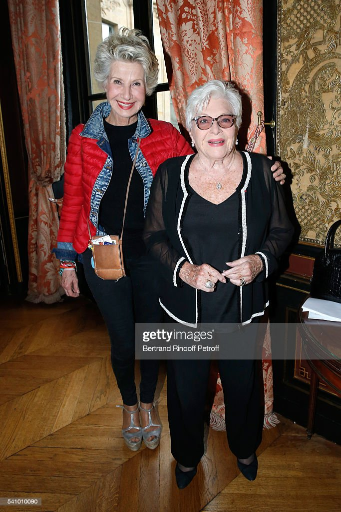 Daniele Gilbert and Line Renaud attend Levon Sayan receives Insignia of 'Commandeur de l'Ordre National du Merite' at Hotel d'Evreux on June 14 2016...