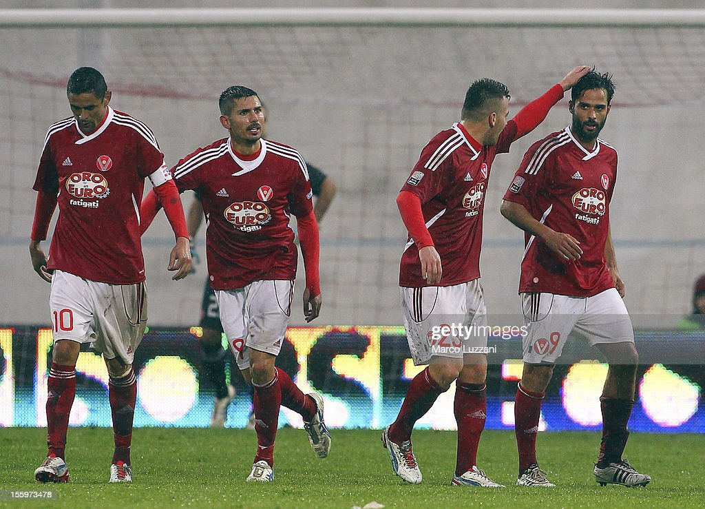 Daniele Martinetti (R) of AS Varese celebrates with his team-mates after scoring his goal during the Serie B match between AS Varese and Calcio Padova at Stadio Franco Ossola on November 10, 2012 in Varese, Italy.