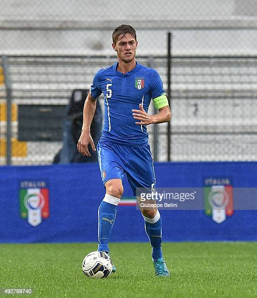 Daniele Rugani of Italy in action during the 2017 UEFA European U21 Championships Qualifier between Italy and Republic of Ireland at Stadio Romeo...