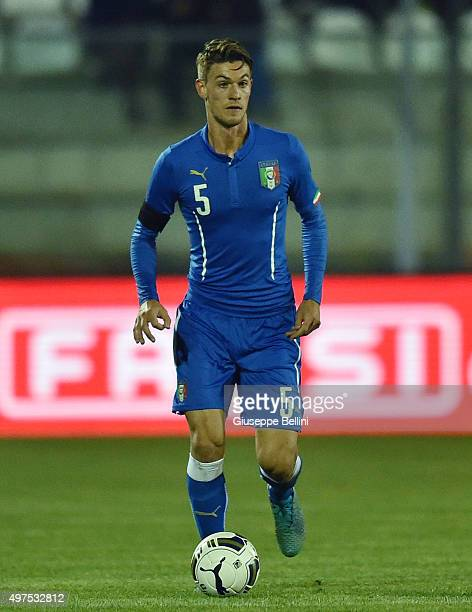 L'AQUILA ITALY NOVEMBER 17 Daniele Rugani of Italy U21 in action during the 2017 UEFA European U21 Championships Qualifier between Italy U21 and...