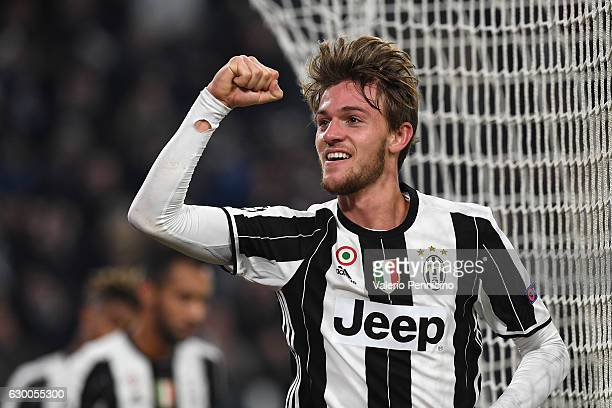 Daniele Rugani of Juventus celebrates a goal during the UEFA Champions League Group H match between Juventus and GNK Dinamo Zagreb at Juventus...