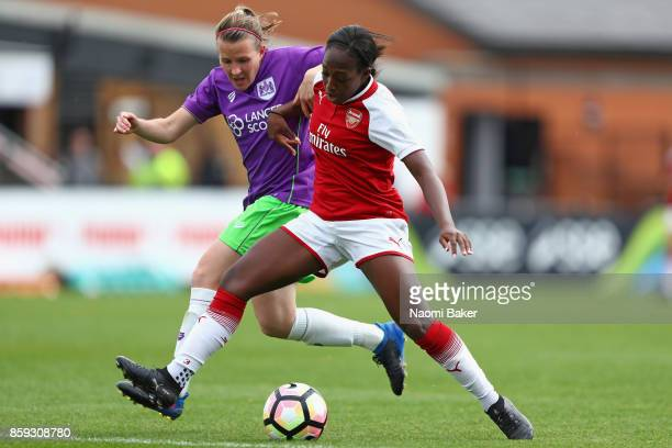 Danielle Carter of Arsenal and Frankie Brown of Bristol City battle for posession during the Women's Super League 1 match between Arsenal and Bristol...