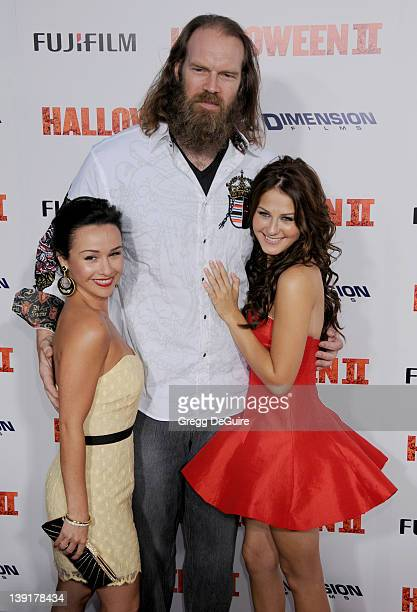 Danielle Harris Tyler Mane and Scout TaylorCompton arrive at the Los Angeles Premiere of 'Halloween II' held at Grauman's Chinese Theatre in...