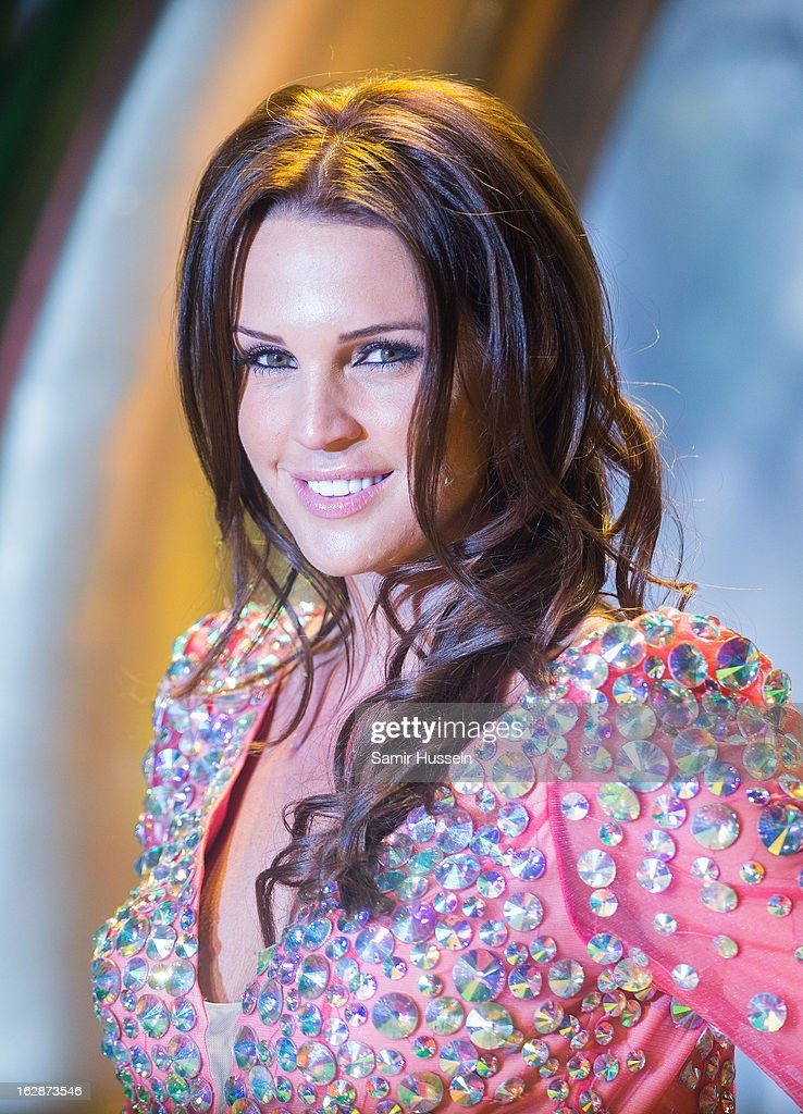 Danielle Lloyd arrives for the 'Oz: The Great And Powerful' European premiere at the Empire Leicester Square on February 28, 2013 in London, England.