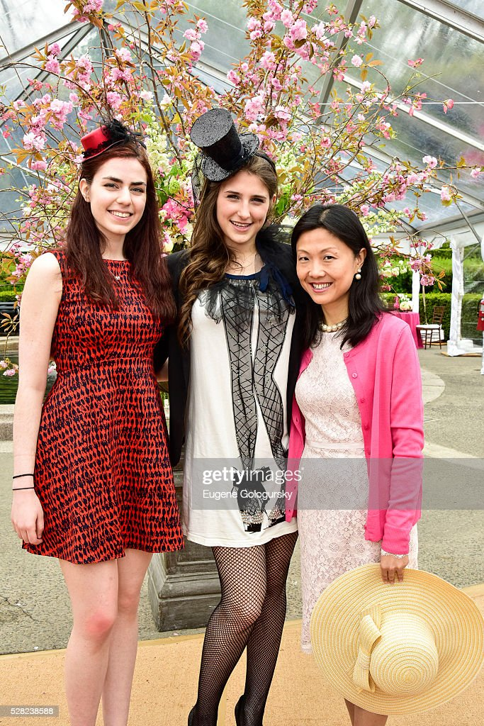Danielle Resheff, <a gi-track='captionPersonalityLinkClicked' href=/galleries/search?phrase=Leah+Lane&family=editorial&specificpeople=2478416 ng-click='$event.stopPropagation()'>Leah Lane</a> and Chelsea Chen attend the 34th Annual Frederick Law Olmsted Awards Luncheon on May 4, 2016 in New York City.