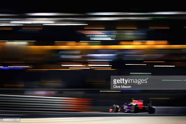 Daniil Kvyat of Russia and Infiniti Red Bull Racing drives during practice for the Abu Dhabi Formula One Grand Prix at Yas Marina Circuit on November...