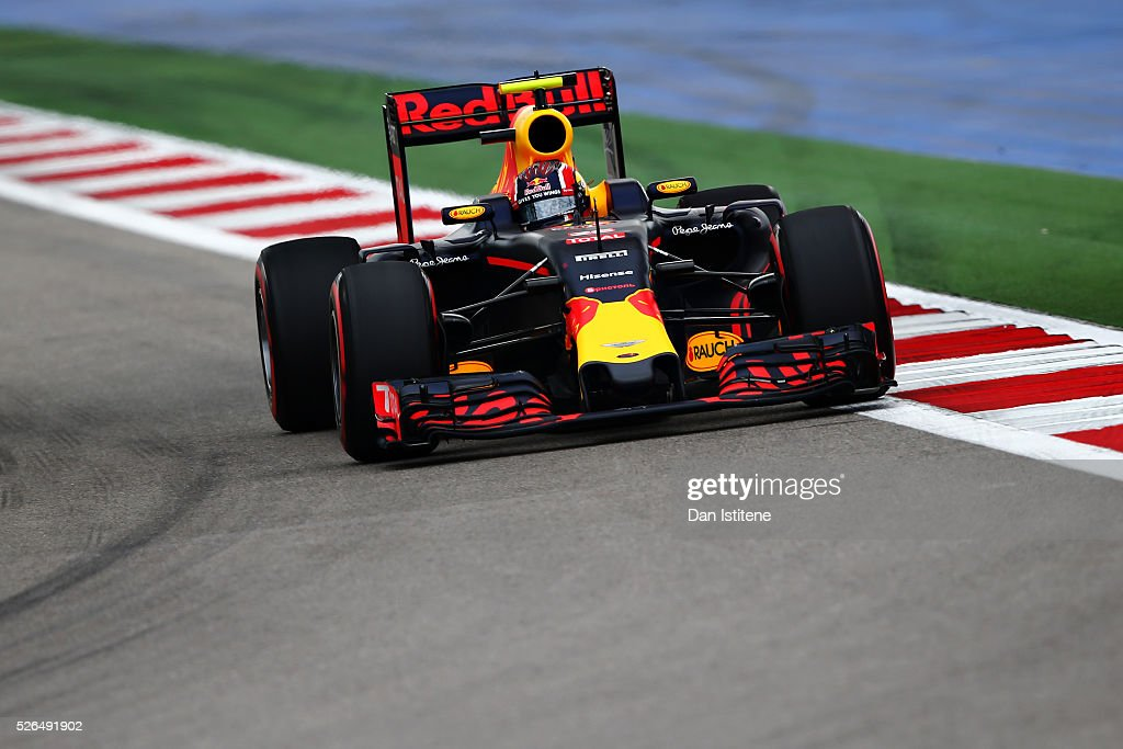 Daniil Kvyat of Russia driving the (26) Red Bull Racing Red Bull-TAG Heuer RB12 TAG Heuer on track during qualifying for the Formula One Grand Prix of Russia at Sochi Autodrom on April 30, 2016 in Sochi, Russia.