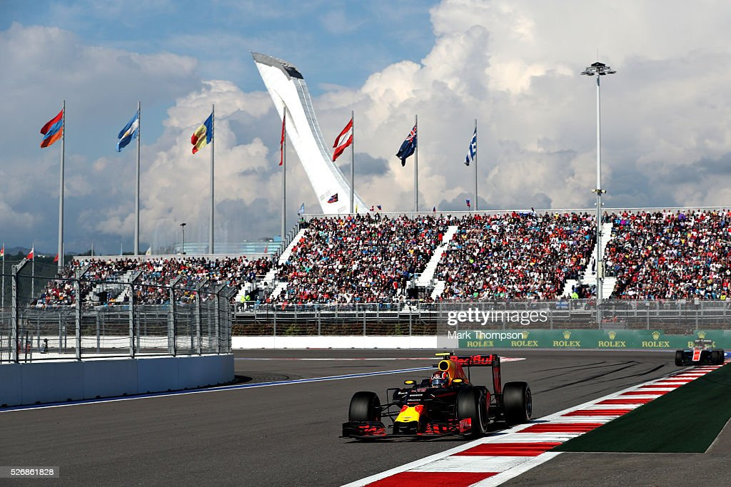 Daniil Kvyat of Russia driving the (26) Red Bull Racing Red Bull-TAG Heuer RB12 TAG Heuer on track during the Formula One Grand Prix of Russia at Sochi Autodrom on May 1, 2016 in Sochi, Russia.