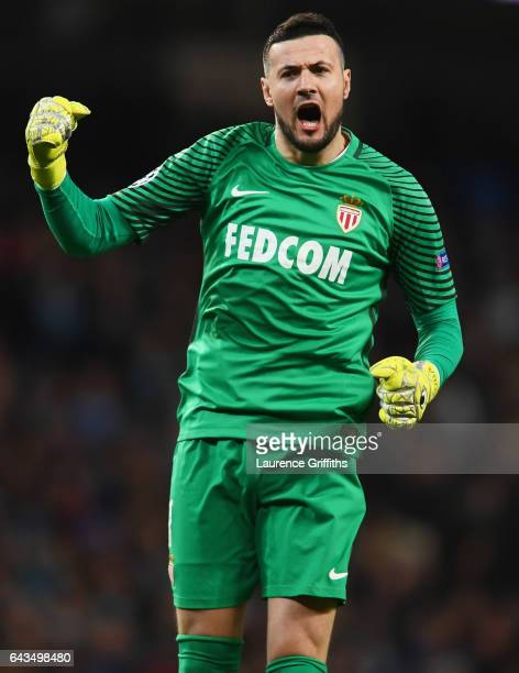 Danijel Subasic of AS Monaco celebrates during the UEFA Champions League Round of 16 first leg match between Manchester City FC and AS Monaco at...