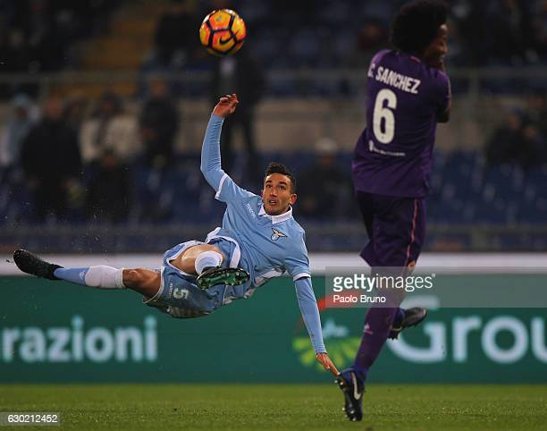 Danilo Cataldi of SS Lazio in action during the Serie A match between SS Lazio and ACF Fiorentina at Stadio Olimpico on December 18 2016 in Rome Italy