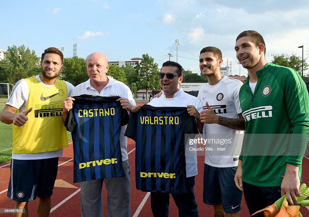Danilo D'Ambrosio Mauro Castano Buddy Valestro Mauro Icardi and Juan Pablo Carrizo pose for a photo after the FC Internazionale training session at...