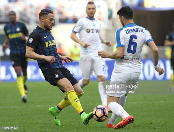 Danilo D'Ambrosio of FC Internazionale competes for the ball with Ervin Zukanovic of Atalanta BC during the Serie A match between FC Internazionale...