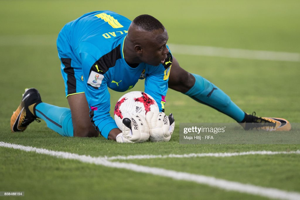 Danlad Ibrahim goal keeper of Ghana holds the ball during the FIFA U-17 World Cup India 2017 group A match between Colombia and Ghana at Jawaharlal Nehru Stadium on October 6, 2017 in New Delhi, India.