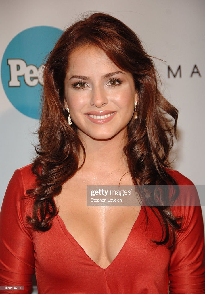 Danna Garcia Nude Photos 24