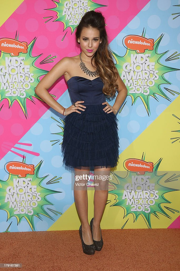 <a gi-track='captionPersonalityLinkClicked' href=/galleries/search?phrase=Danna+Paola&family=editorial&specificpeople=5853275 ng-click='$event.stopPropagation()'>Danna Paola</a> arrives at Kids Choice Awards Mexico 2013 at Pepsi Center WTC on August 31, 2013 in Mexico City, Mexico.