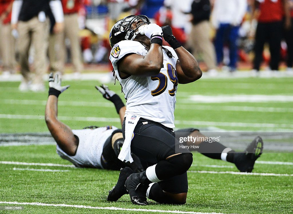 <a gi-track='captionPersonalityLinkClicked' href=/galleries/search?phrase=Dannell+Ellerbe&family=editorial&specificpeople=4090365 ng-click='$event.stopPropagation()'>Dannell Ellerbe</a> #59 of the Baltimore Ravens reacts after the San Francisco 49ers couldn't convert a fourth down play to turn the ball over in the final two minutes of the fourth quarter during Super Bowl XLVII at the Mercedes-Benz Superdome on February 3, 2013 in New Orleans, Louisiana.