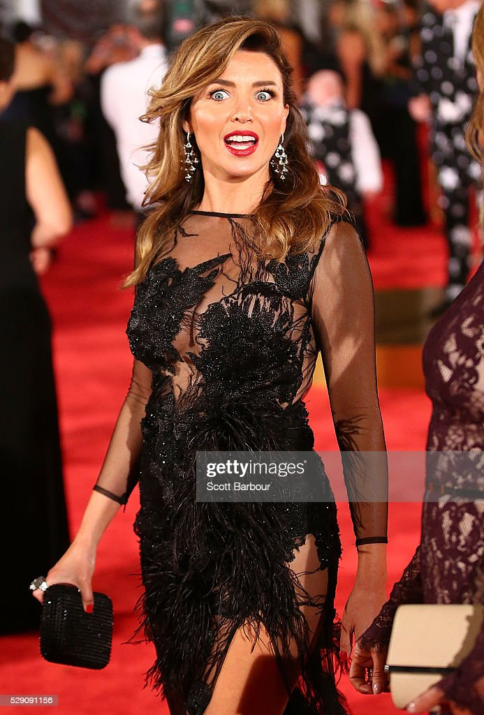 Dannii Minogue arrives at the 58th Annual Logie Awards at Crown Palladium on May 8, 2016 in Melbourne, Australia.