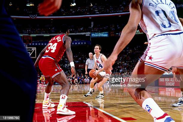 Danny Ainge of the Eastern Conference AllStars shoots during the 1988 NBA AllStar Game on February 7 1988 at the Chicago Stadium in Chicago Illinois...